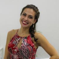 renata-ribeiro-prof